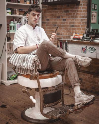 Lukino barbero ourense